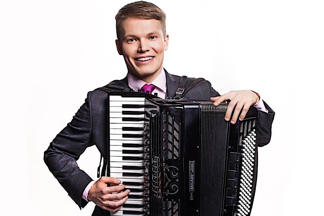 Akordionist Mikk Langeproon