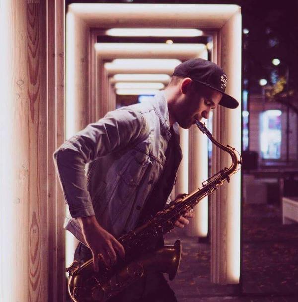 Saksofonist Henri Aruküla